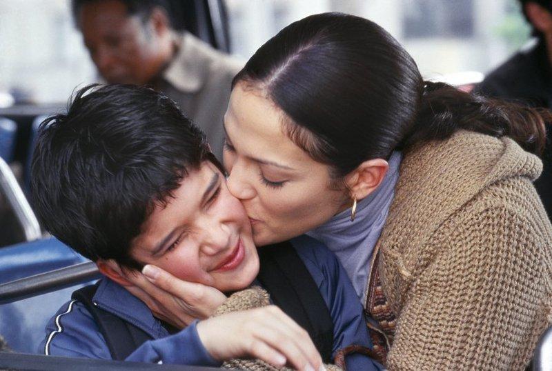 Отпустите сына! Стадии отделения мальчика от матери.