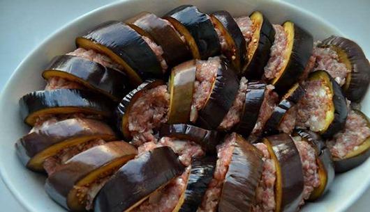 Восхитительное блюдо — баклажаны с фаршем