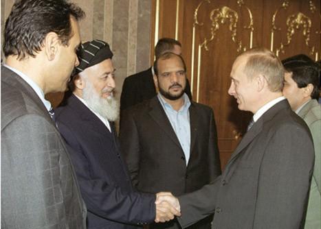 Vladimir_Putin_22_October_2001-2
