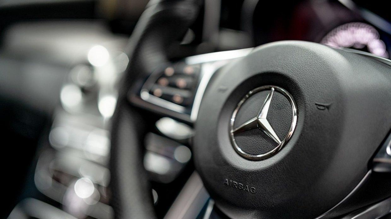 Рынок люксовых автомобилей в…