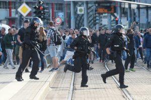 Местные жители Хемница продолжают «охоту» на мигрантов