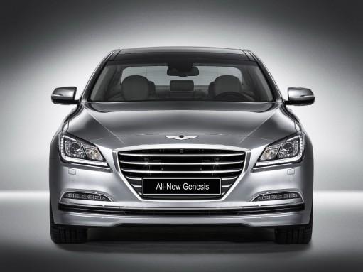 Седану Hyundai Genesis увеличили клиренс