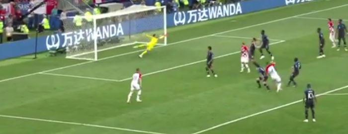 Франция стала чемпионом мира по футболу 2018, победив Хорватию со счетом 4:2