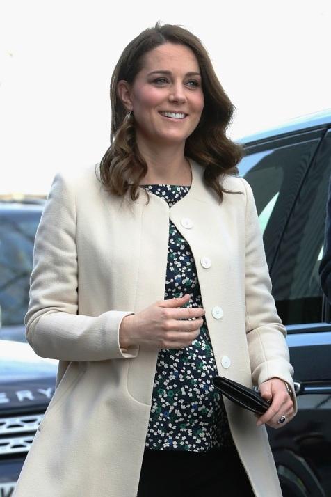 Иконы моды — герцогиня Кетрин доказывает, что даже на последних месяцах беременности можно выглядеть стильно!