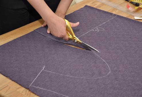 Как шить из трикотажа и без оверлока. Часть 3. Облегающие модели