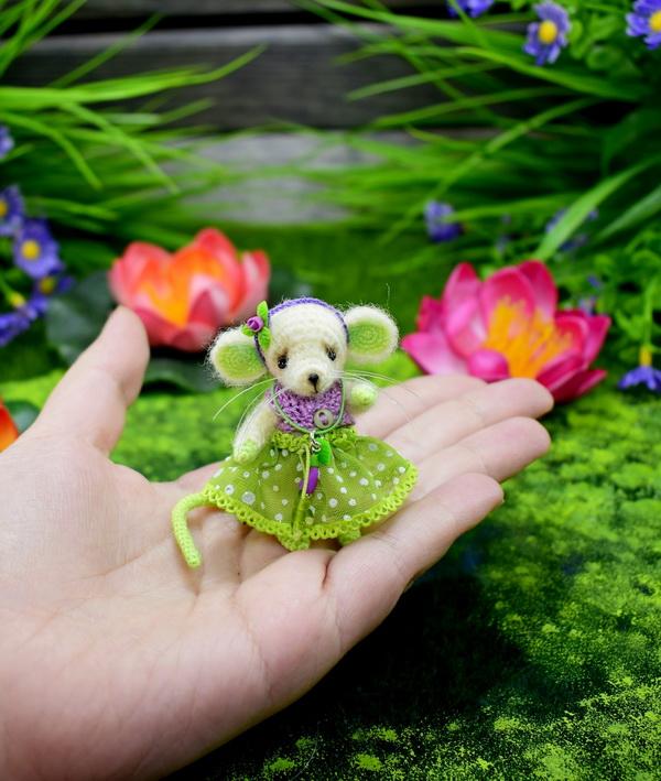 Маленький мышонок амигуруми.…