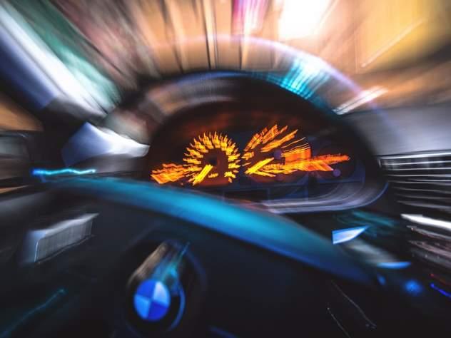 По дороге в Шереметьево водитель разогнался почти до 300 км/ч