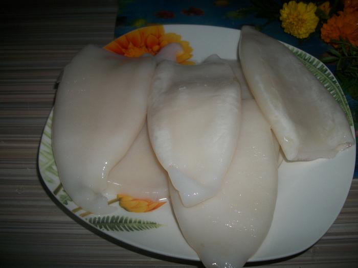 салат с кальмарами 001 (700x525, 420Kb)