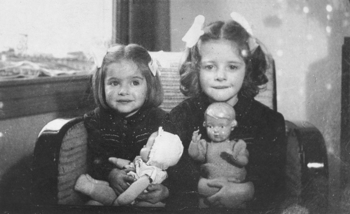 Дети времен войны и их куклы