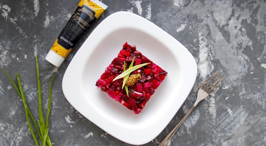 Винегрет из запеченных овощей с горчично-лаймовой заправкой