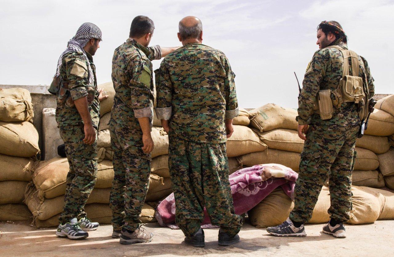 «Полное фиаско американцев в Сирии»: действия США и курдов привели к катастрофе в Дейр-эз-Зоре