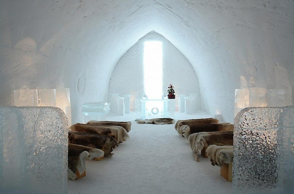 8 самых удивительных ледовых отелей мира-24