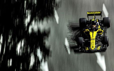 Renault предлагает почувствовать себя гонщиком за рулем своего автомобиля
