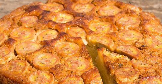 Банановый торт без муки, сахара или молока: незабываемый вкус заставит гостей просить добавки
