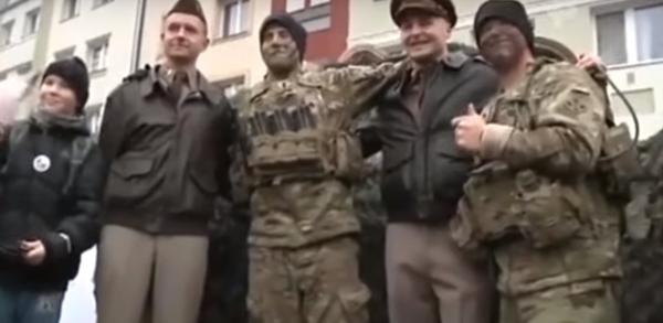 """""""НАТО, убирайтесь вон!"""" - Германия горячо встретила американских военных"""