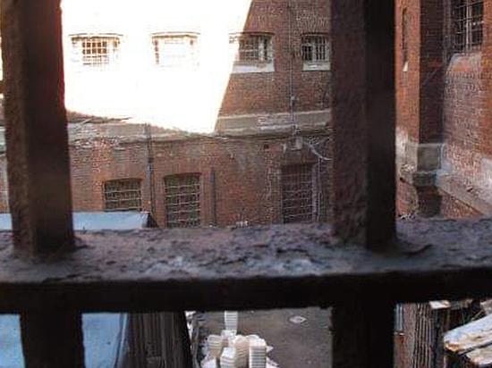 Жизнь в СИЗО Мамаева и Кокорина: моют отхожие места по очереди