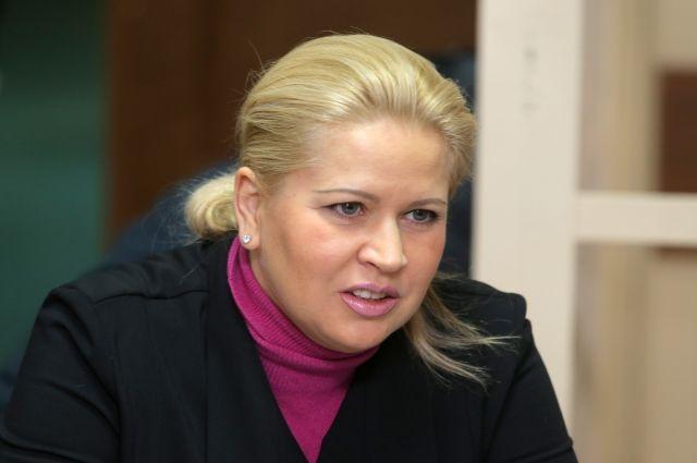 Экс-глава Минобороны Сердюков женился на Васильевой - Малахов