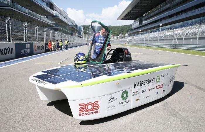 Первый отечественный солнцемобиль SOL