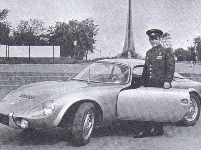 Автомобили Юрия Гагарина - космонавта №1 в мире