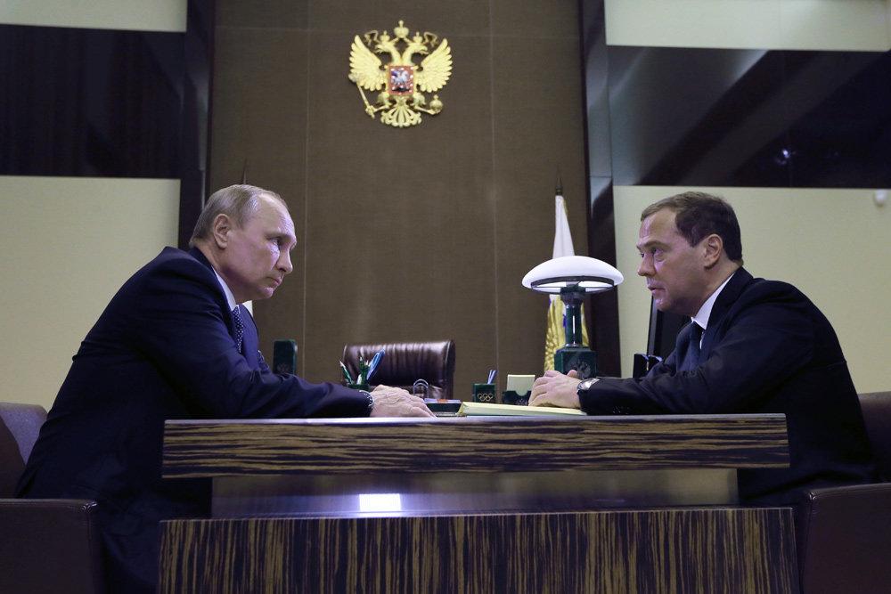 Путин одобрил предложения Медведева по структуре нового правительства