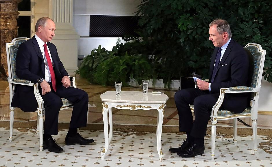 Р.Осташко: Интервью Путина а…