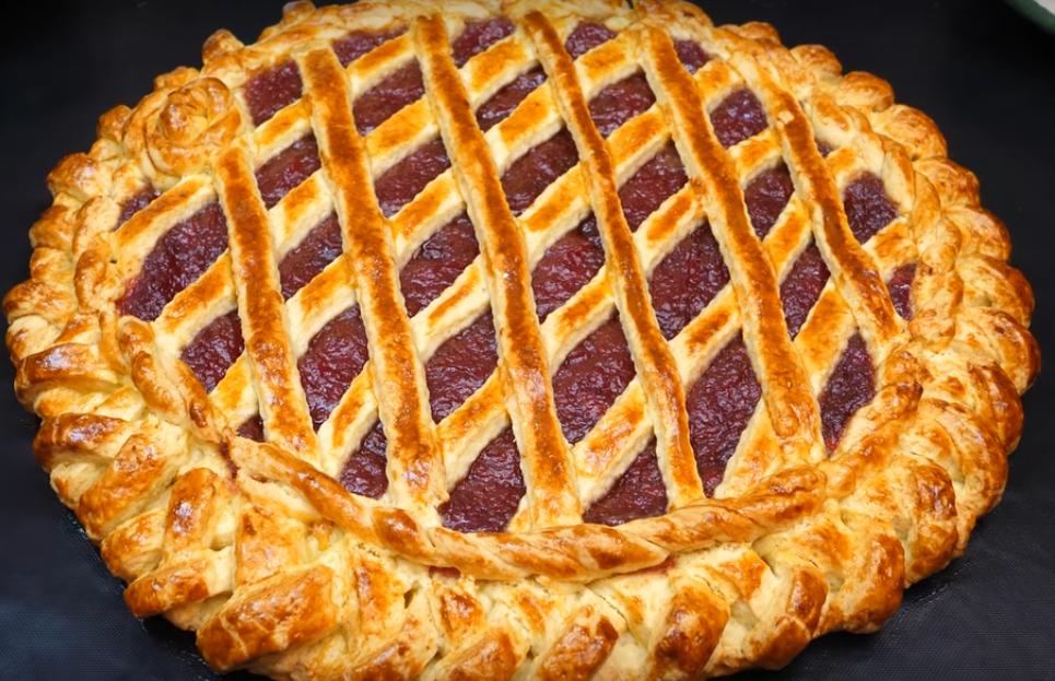 Идеальный пирог из песочного теста с джемом