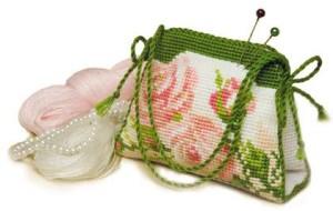 Сумочка — игольница (Схема для вышивания)