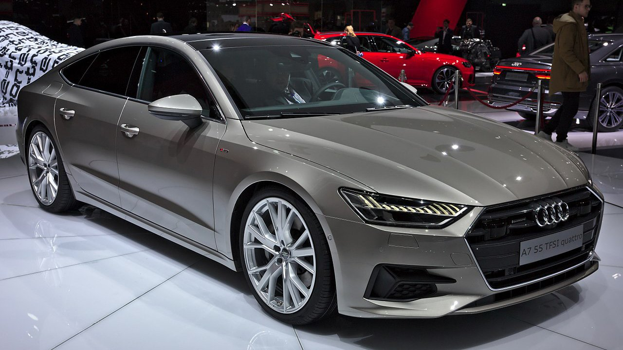 В РФ резко снизились продажи автомобилей марки Audi