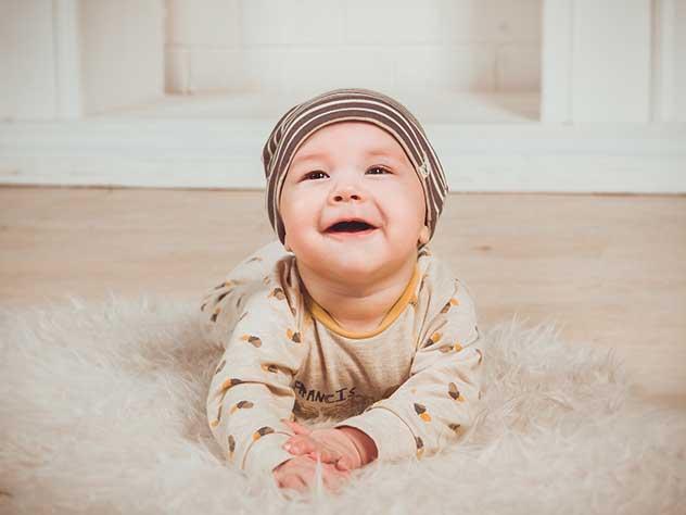 Ученые выяснили, сколько пыли вдыхают ползающие дети
