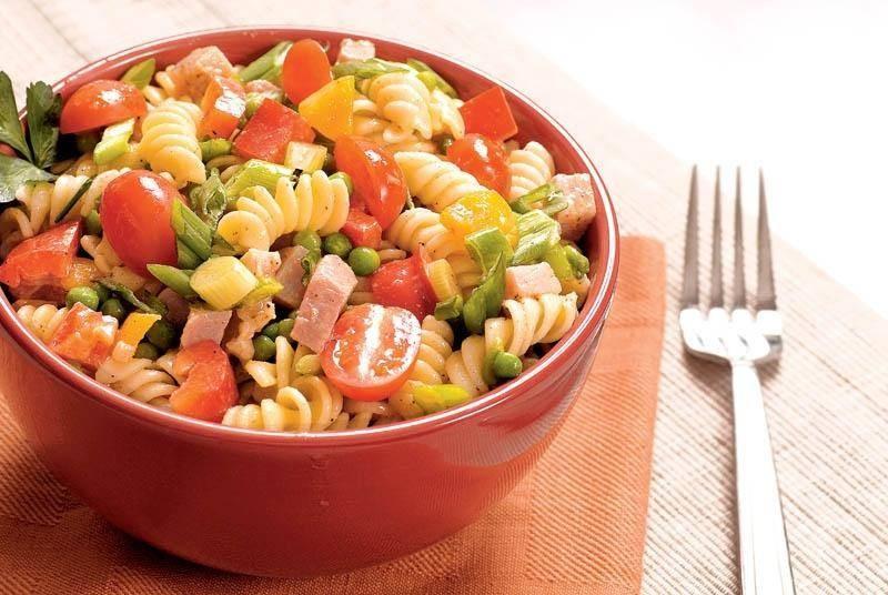 как приготовить салат с макаронами