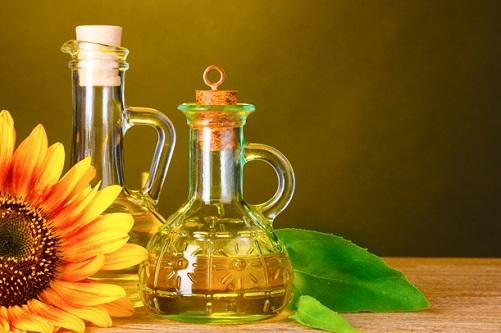 Лечение подсолнечным маслом: бабушкины рецепты