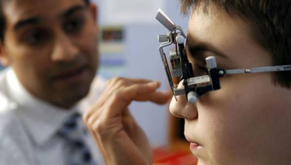 Учёные вырастили в пробирке клетки сетчатки глаза, чтобы изучить цветное зрение людей
