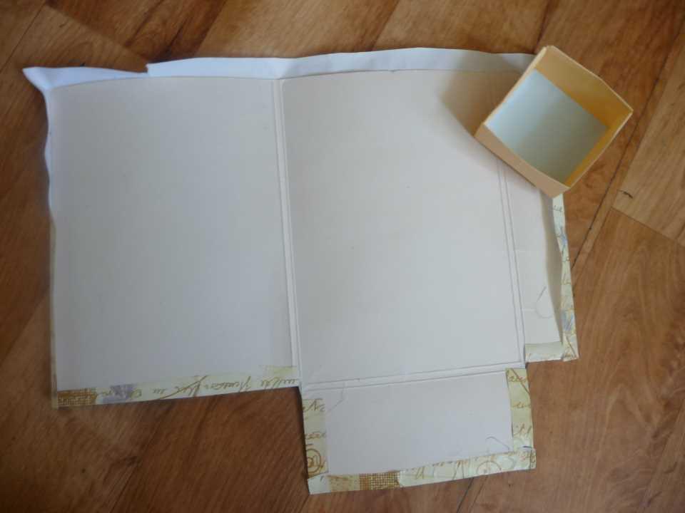 Комодик для украшений своими руками - оклеиваем заготовку бумагой
