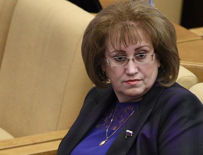 На что жалуются депутаты при зарплате в 400 тысяч рублей?