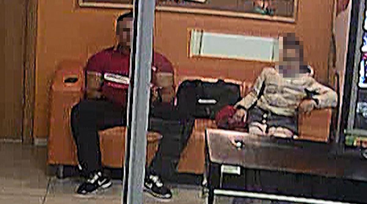 Посидевшего на диване с ребенком тренера посадили на восемь лет