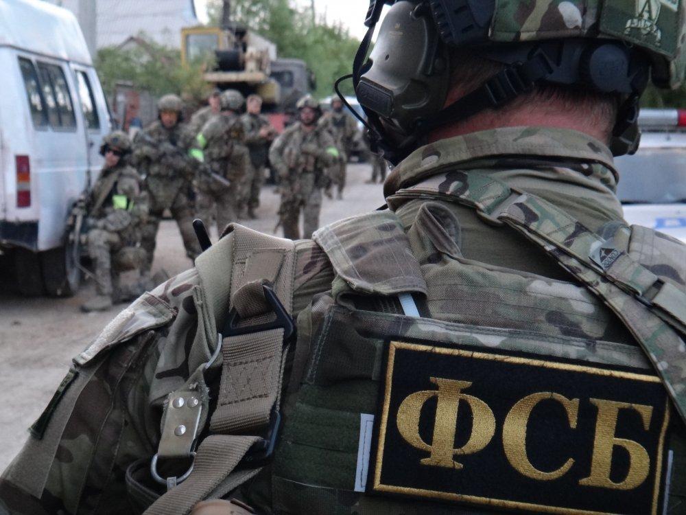 """В Крыму ФСБ провела обыски у адептов """"Свидетелей Иеговы"""""""