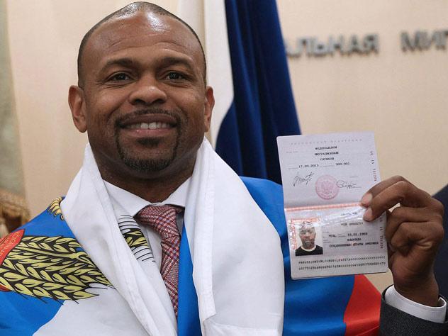 Как изменилась жизнь Роя Джонса с получением российского паспорта