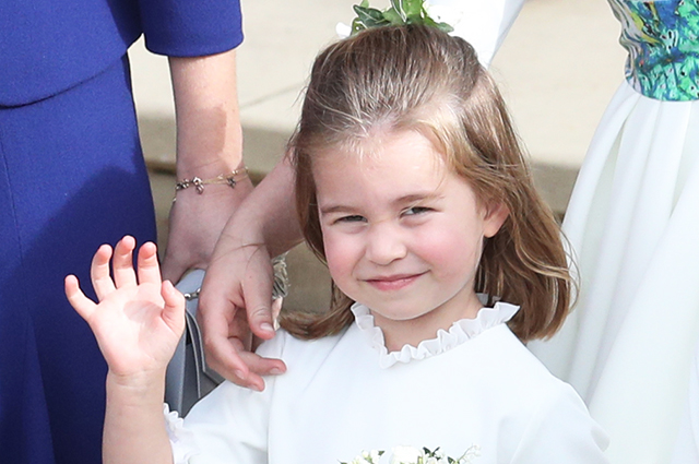Совсем как Джордж! Принцесса Шарлотта начала брать уроки балета
