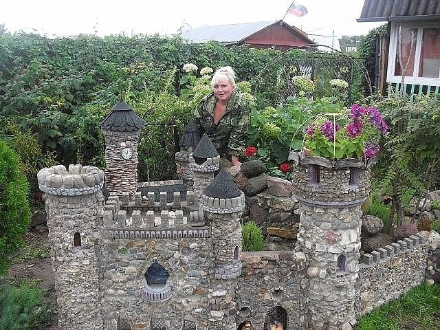 Маленький замок своими руками 680