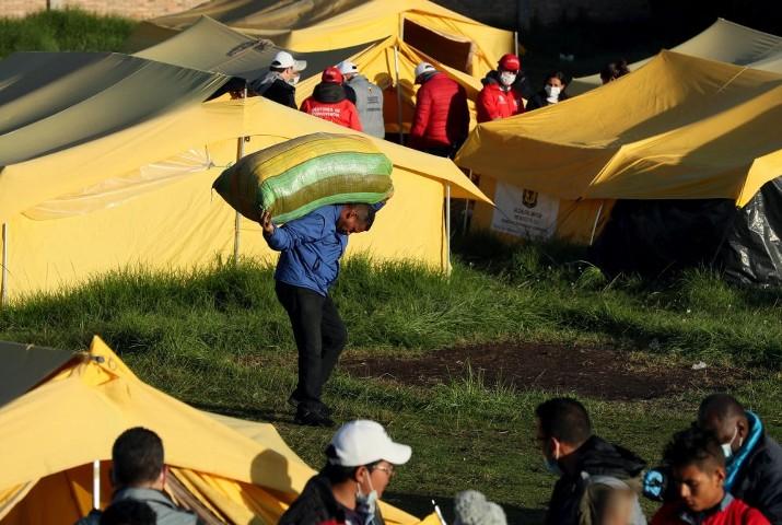 СМИ: семье в Венесуэле в декабре для жизни нужно было 103,3 минимальной зарплаты