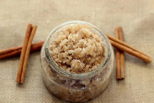 Рисовый скраб для кожи с содой и корицей