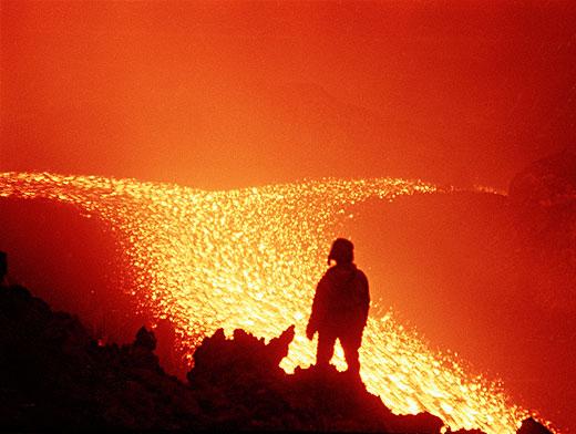 Картинки по запросу Самые опасные вулканы России