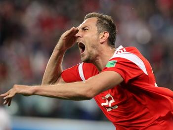 США требуют проверить российских футболистов на допинг из-за высоких результатов