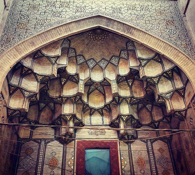 iran-mosque-ceilings-m1rasoulifard4-1-681x614