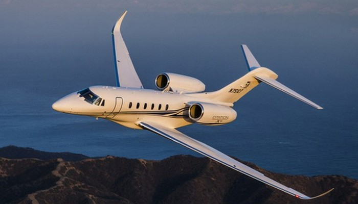 Пассажирский самолет Cessna Citation X+.