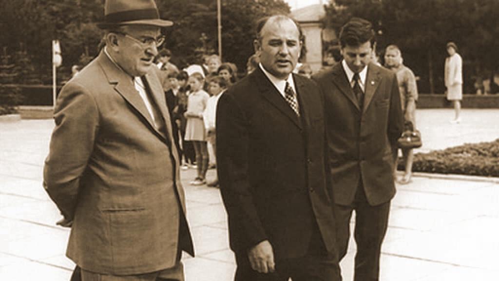 Андропов и Горбачев – кровав…