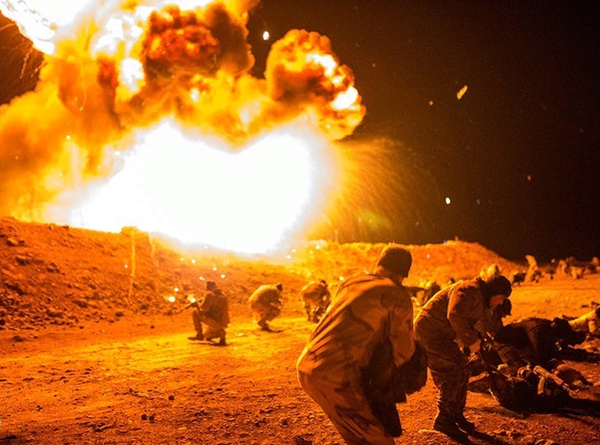 Операция «Охота на крыс»: кадры подрыва американского военного штаба в Сирии