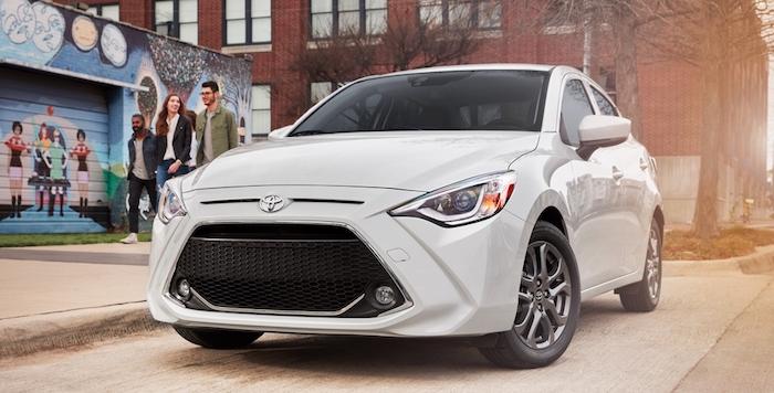 Toyota представила обновленный седан Yaris 2019