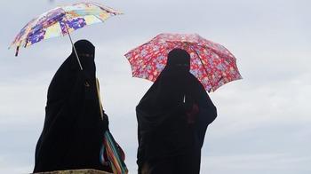 В Германии решили запретить ношение бурки