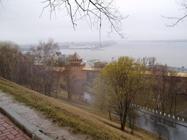 Фото Слияние реки Оки и Волги в Нижнем Новгороде.